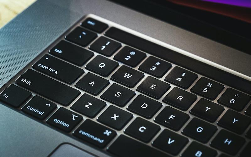 初めてのMacに13インチMacBook Proをオススメする理由その2『初心者に過不足ない性能』