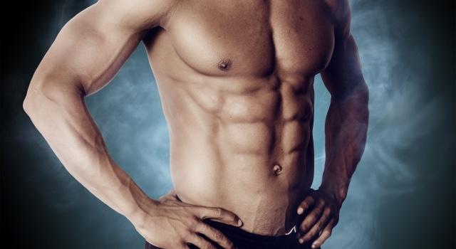 筋トレで腹筋を割って理想の姿を目指そう