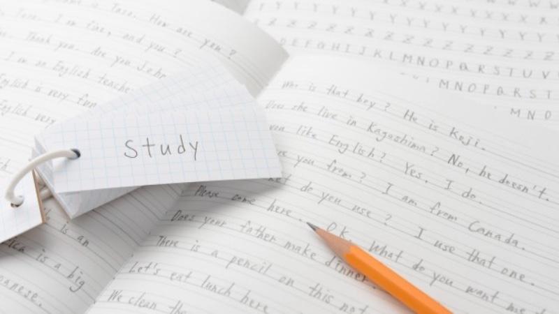 英語初心者がやるべき勉強方法① 「単語と文法」で英語の基礎を作る